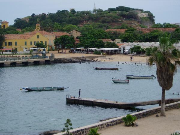 Insel Goree, Hafen (c) Serenade